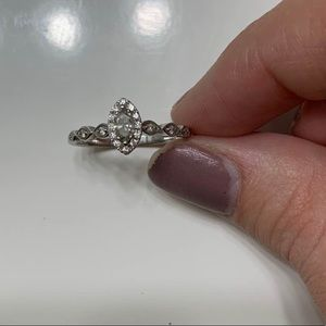 Kay Jewelers Engagement ring/band. Size 5.5/6